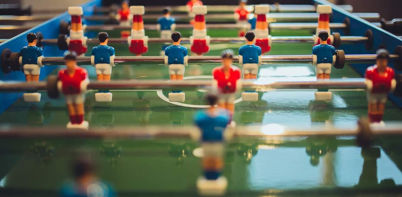 שולחן כדורגל שולחן