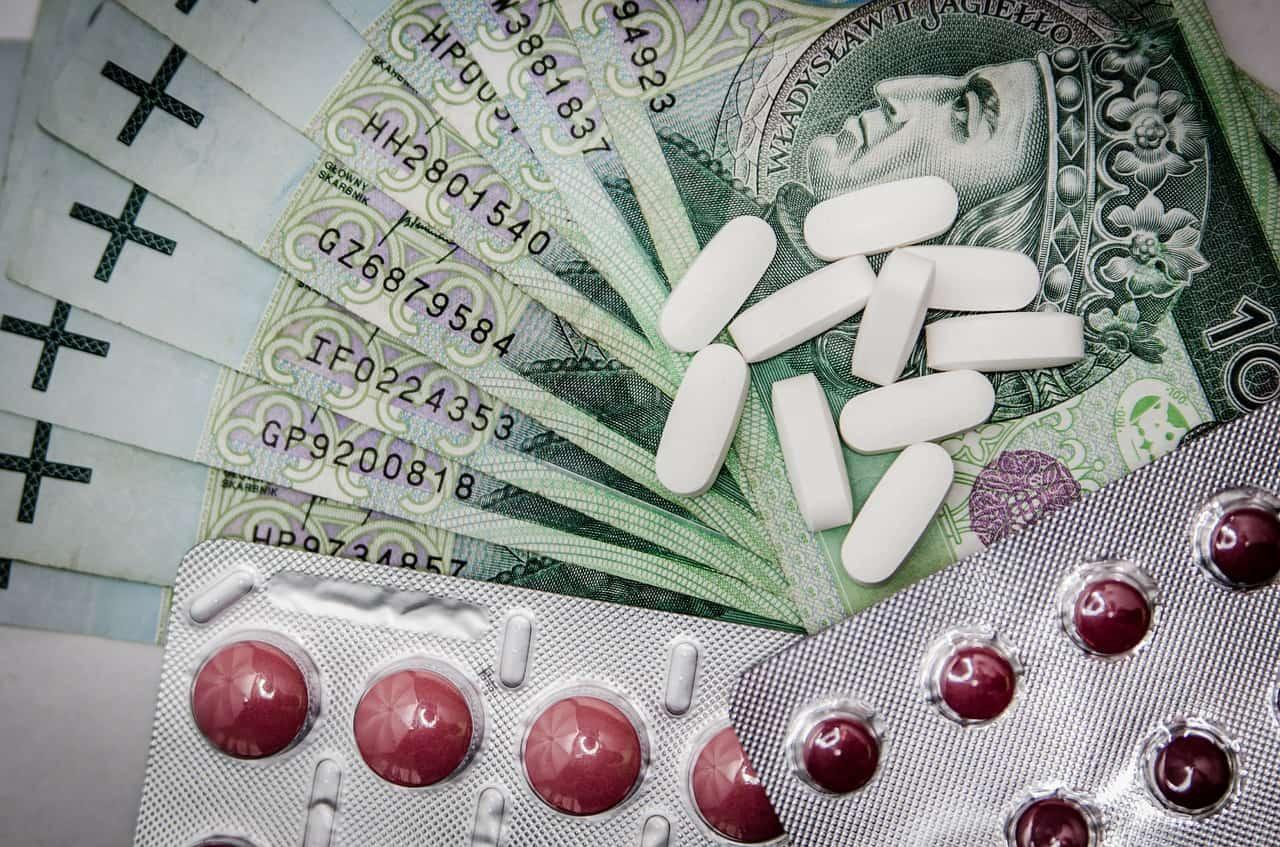 תרופות וכסף