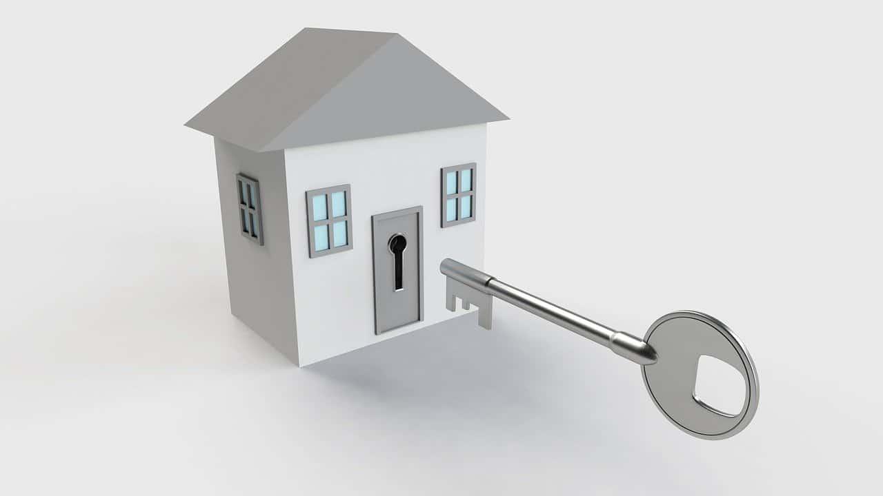 בית עם מפתח