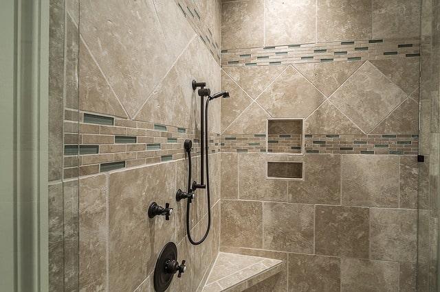 מקלחונים חזיתיים - השקעה נכונה או בזבוז של זמן וכסף